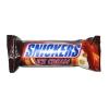 Мороженое батончик Snickers с карамелью и арахисом