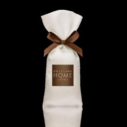 """Ароматизированная подушечка Oriflame Home Collection """"Изысканный ужин в Баден-Бадене"""""""