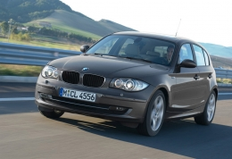 Автомобиль BMW 1 серии E87