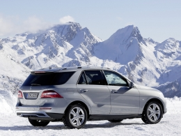 Автомобиль Mercedes-Benz ML (W166)