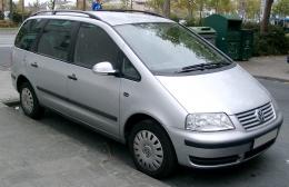 Автомобиль Volkswagen Sharan (2-ое поколение)