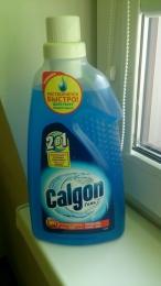 Средство для смягчения воды и предотвращения образования накипи Calgon гель 2 в 1