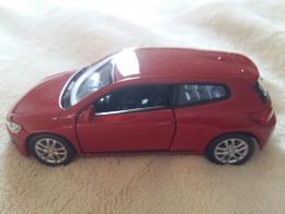 Игрушечная модель машины Welly VW Scirocco