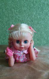 Игрушка-кукла с телефоном музыкальная Toys