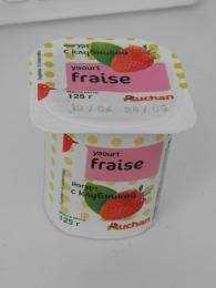 Йогурт Auchan Fraise с клубникой