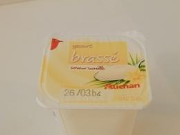 Йогурт Auchan Brasse со вкусом ванили