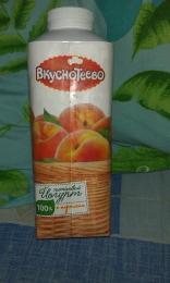 Йогурт Вкуснотеево Питьевой с персиком 1,5%