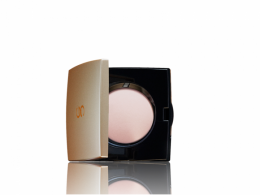 Компактная пудра с эффектом сияния Oriflame Giordani Gold Primavera Highlighting Powder