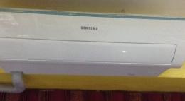 Кондиционер Samsung Air Conditioner FSC1412Z3