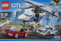 """Конструктор Lego City 60138 """"Стремительная погоня"""""""