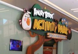 """Парк активного отдыха Angry Birds в ТРК """"Европолис"""" (Санкт-Петербург, Полюстровский пр-т, д. 84A)"""