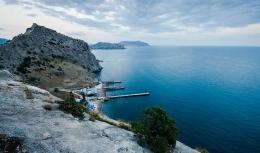 Поселок Уютное (Крым)