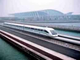 Шанхайский поезд Маглев на магнитном подвесе (Китай)