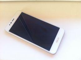 Смартфон Asus Zenfone 3max ZC520TL