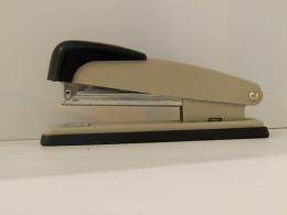 Степлер Deyi model 508