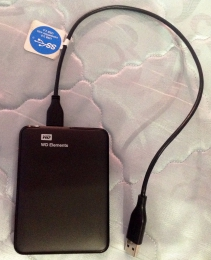 Внешний жесткий диск WD Elements 1ТБ Western Digital WDBUZG0010BBK-EESN