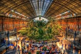 Вокзал Аточа в Мадриде (Испания)
