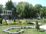 Маленький сад на набережной реки Салгир