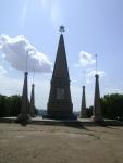 В Севастополе очень много памятников