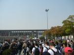 Гран При Формулы 1 в Шанхае - очень много людей на входе!