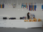 Продажа сувенирной продукции на смотровой площадки Sky100 в Гонконге