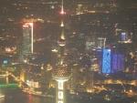 Shanghai World Financial Center - отличный вид после заката!