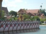Храм Плай Лем на острове Самуи - очень красивое оформление территории