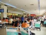 Аэропорт Куала-Лумпура в Малайзии, фуд-корт в терминале LCCT