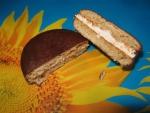 Бисквитное печенье Orion Choco Pie. Печенье в разрезе