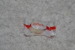 конфета в индивидуальной упаковке
