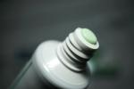 зубная паста PresiDENT Classic - цвет мятно-зеленоватый у пасты