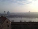 Вид на Братиславу и новый мост с площадки Братиславского Града