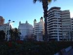 Центр Валенсии - очень гармонично смотрятся новые здания со старыми постройками