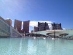Бассейны в городе искусства и наук в Валенсии (Испания)