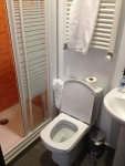 Душ и туалет в Hostel Cibeles (Мадрид)