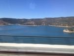 Проезжаем мимо озера!:)