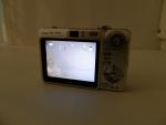 Sony Cyber-shot DSC-W50 - вид сзади
