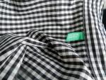 Женская рубашка Benetton в черно-белую клетку - лейбл