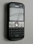 Смартфон Nokia E5 - спереди