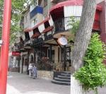 Кафе Cafe de Flore (Россия, Тольятти, ул. Мира, 47) - вид издалека
