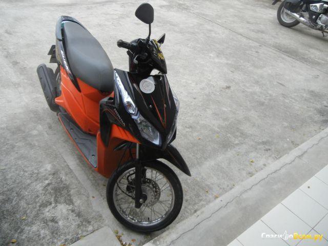 Скутер Honda Click фото