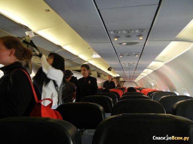 "Авиакомпания ""AirAsia"" (ЭйрАзия) фото"
