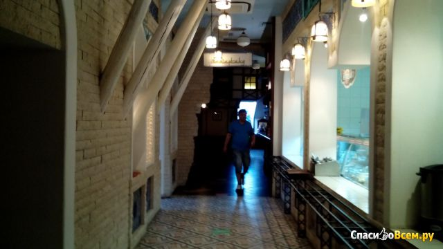"""Ресторан быстрого обслуживания «Кухни Мира» (Уфа, пр-т Октября, д. 4/1, ЦТиР """"Мир"""") фото"""