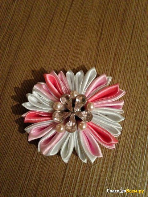 """Создание цветов из кусочков материи """"Канзаши"""" фото"""