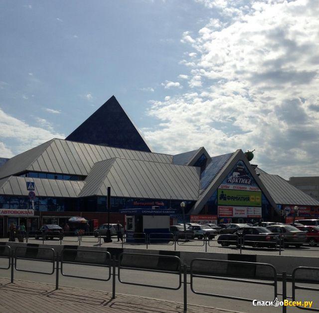 """Торговый комплекс """"Синегорье"""" (Челябинск, ул. С.Разина, д. 9) фото"""