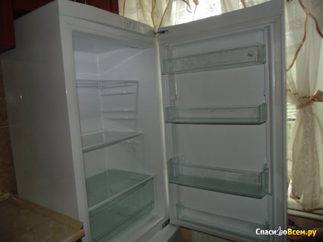 Двухкамерный холодильник Samsung RL-29 THCSW фото