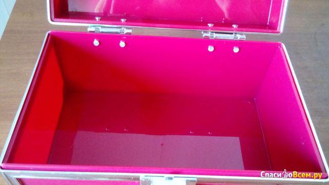 Кейс для хранения косметики Yves Rocher фото
