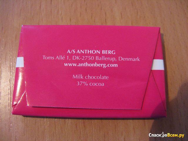 "Молочный шоколад Anthon Berg ""Hello Sweet Thing You're Just My Type"" фото"