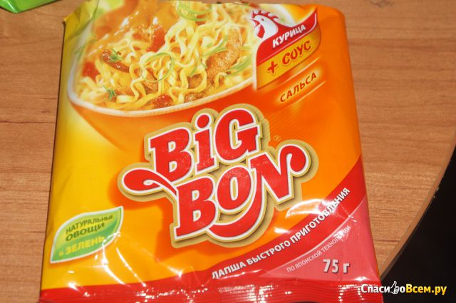 Лапша быстрого приготовления Big Bon курица + соус сальса фото