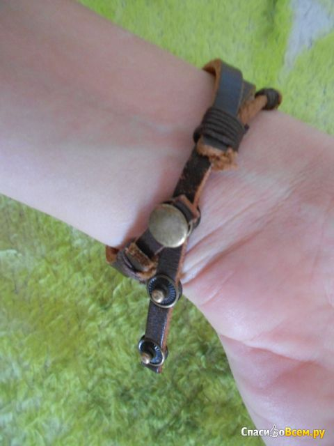 Часы женские Artisan Beads Charmed Watch фото